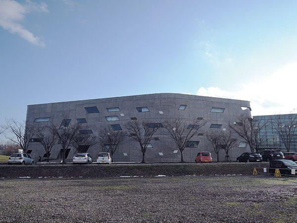 長岡造形大学第3アトリエ棟9|全景